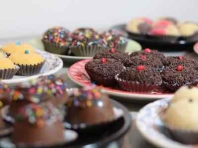 сурови десерти за кетъринг на фирмено парти